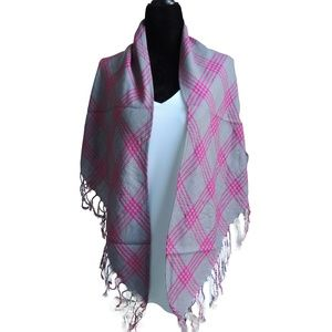 NWOT Gray and Pink Plaid Fringed Soft Scarf Wrap